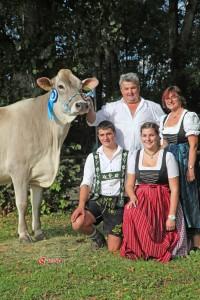 Familie Fink mit Ettore-Tochter Fari
